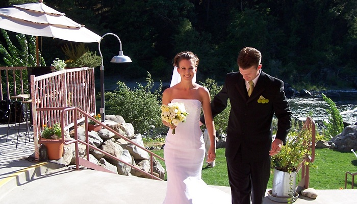 Weddings at Strawhouse Resorts ~ Simple Elegance